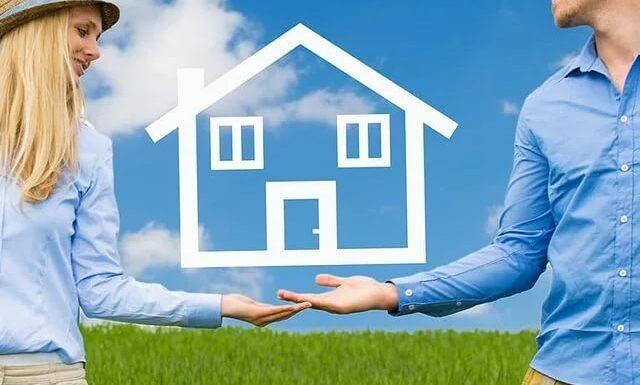 Casa pe un singur nivel versus casa cu parter si mansarda